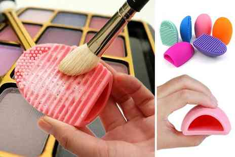 Buy Something - Pack of three makeup brush cleaning pads - Save 65%