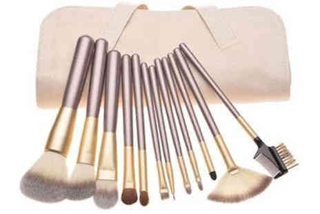 Forever Cosmetics - 12 Piece Glamza Champagne Makeup Brush Set - Save 68%