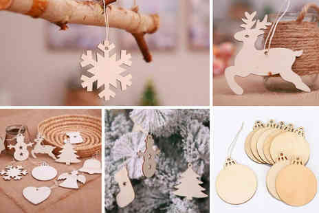 Topgoodchain - 10 wooden Christmas tree decorations - Save 80%