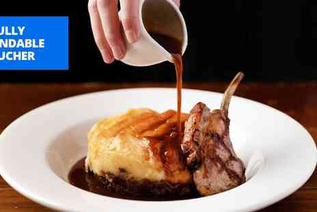 The Greene Oak - Meal for 2 with bubbly - Save 49%