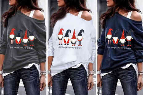 Hey4Beauty - Womens Just Hanging With My Gnomies Christmas jumper - Save 0%