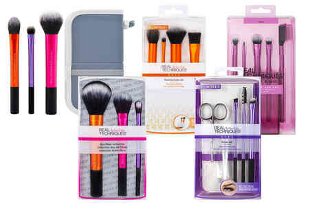 Wowcher Direct - Selection of Real Techniques makeup tool kits - Save 36%