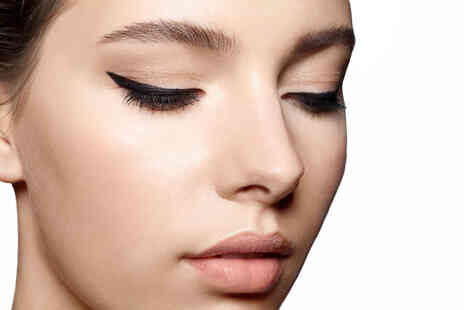 Institute of Makeup & Beauty - Permanent eyeliner makeup masterclass online course - Save 96%