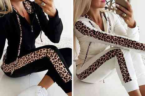 Yellogoods - Two piece leopard tracksuit - Save 63%