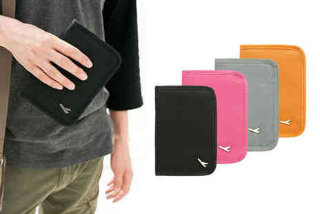 Wowcher Direct - Pack of one passport holder and one travel organiser - Save 0%