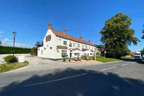 The Crown Inn - A Boroughbridge, North Yorkshire stay for two people with breakfast - Save 38%