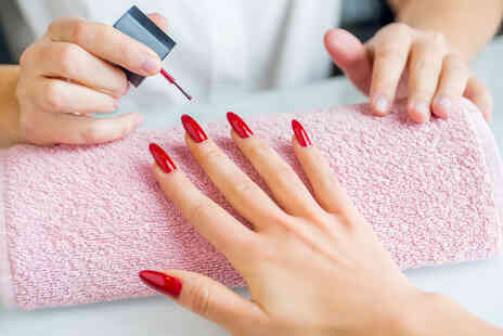 Tantalizing Spa - Gel manicure - Save 50%