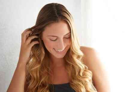 Navara Beauty Wellingborough - Wash, Cut and Blow Dry with Optional Balayage or Highlights - Save 24%