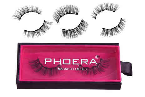 Forever Cosmetics - Pack of luxury magnetic lashes - Save 67%
