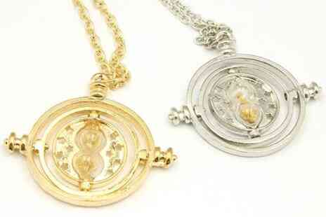 Forever Cosmetics - Magic hourglass necklace in gold colour - Save 78%