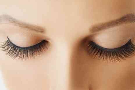 ZAKU Cosmetics - Full Set of Classic Eyelash Extensions - Save 58%