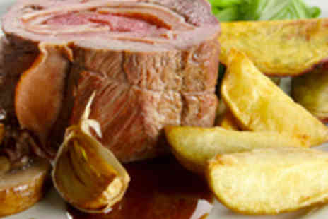 The Dukes Head - Two Starters Two Mains and Two Glasses of Wine - Save 57%