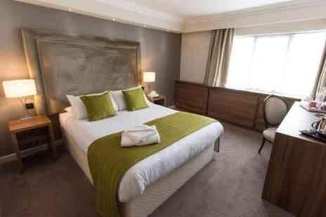 Dukes Head Hotel - 1 or 2 Nights for Two with Breakfast - Save 17%