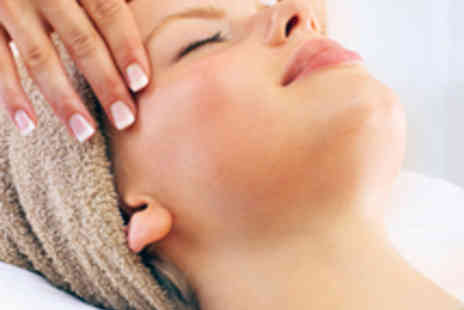 Bee Beautiful - Indian Head Massage with Mini Manicure or Pedicure - Save 53%