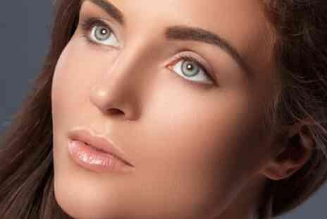 Evoke Beauty - Full Set of Classic Eyelash Extensions - Save 42%