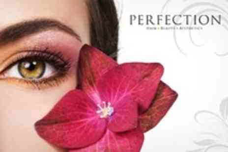 Perfection Beauty - Full Set of Eyelash Extensions - Save 73%