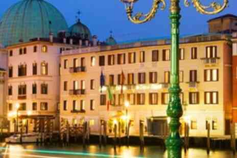 Hotel Carlton on the Grand Canal - Upgrade to the Superior Room Breakfast included - Save 0%