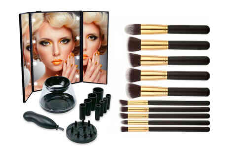 Magic Trend - LED mirror and 10 makeup brushes - Save 63%