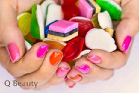 Q Beauty - Set of gel overlays in French - Save 63%