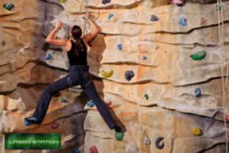 Laser Station - Arena LaserQuest and wall climbing - Save 50%