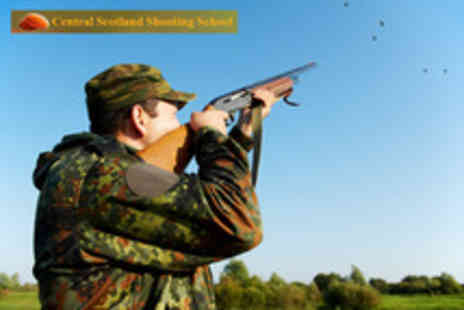 Central Scotland Shooting School - Clay pigeon shooting experience including 30 clays - Save 60%
