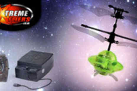 Extreme Fliers - Mini remote controlled UFO - Save 45%
