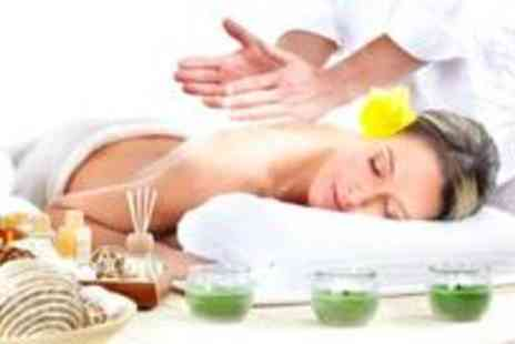 Beauty Beehive - Full body Swedish massage, a mini facial and a hand and feet massage - Save 76%