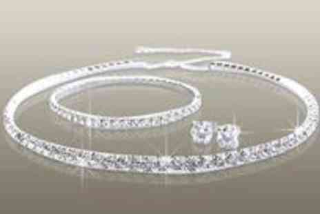 Antwerp Jewels - Stunning Tri Set made with SWAROVSKI ELEMENTS - Save 84%