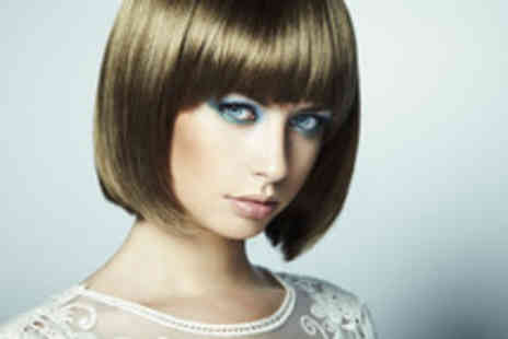 Remix Cuts & Colours - Cut, restyle, Moroccan Oil treatment and blow dry - Save 61%