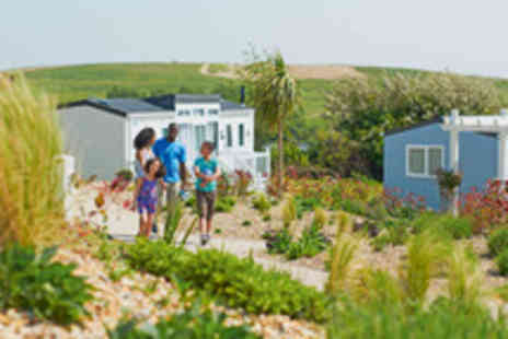 Haven Holidays - Four night Star Break at Combe Haven for up to 6 people - Save 25%