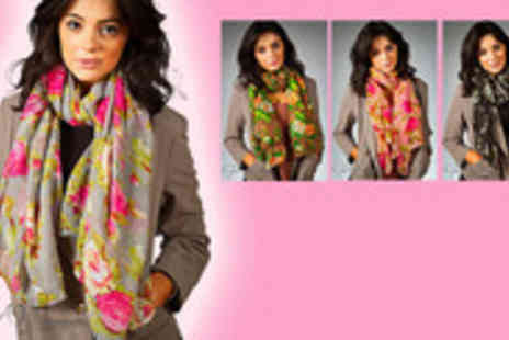 Gal Cochrane - Stylish casual scarf - Save 78%