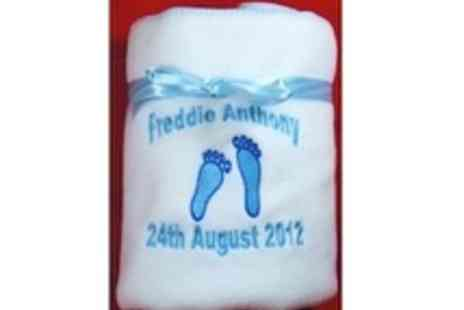 Little Cuddles - Beautiful personalised boy or girl blanket - Save 50%