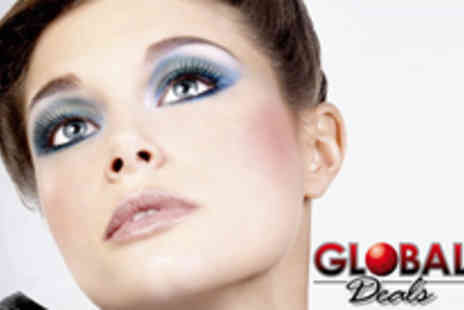 Global Deals - 10 pairs of handmade false eyelashes - Save 60%