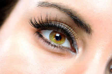 Looks and Lashes - Full set of 3G lashes on a fluttery beauty look that lasts up to four weeks - Save 76%