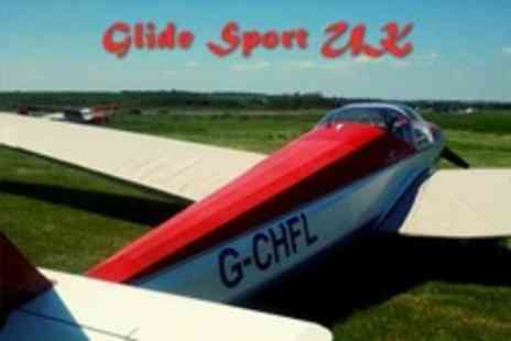 GlideSport UK - Gliding Lesson With 15 Week Club Membership - Save 70%