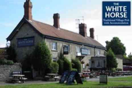 The White Horse - One Night Stay For Two With Sparkling Wine and Breakfast - Save 56%