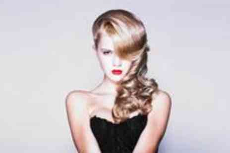 Girls Talk - Full head of highlights or full head of colour plus a restyle and blow dry - Save 77%