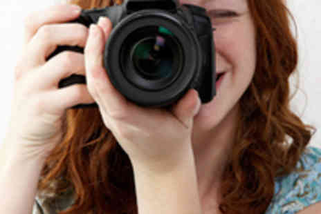 Life Studios - Beginners Course in Digital SLR Photography DVD - Save 60%