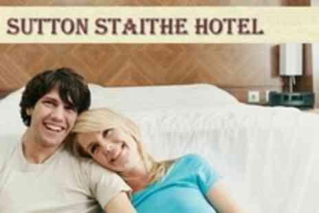 Sutton Staithe Hotel - Two Night Stay For Two With Breakfast - Save 31%