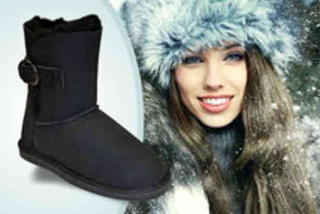 Draper of Glastonbury - Pair of sheepskin boots keep your feet toasty - Save 57%