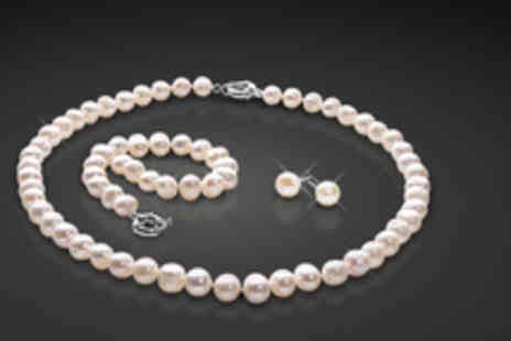- Freshwater pearl tri set including a necklace, bracelet and stud earrings - Save 86%