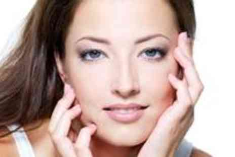 Feature Define - Semi permanent make up application plus a consultation - Save 72%