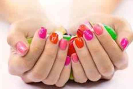 Revitalise - Shellac on fingers or toes - Save 60%