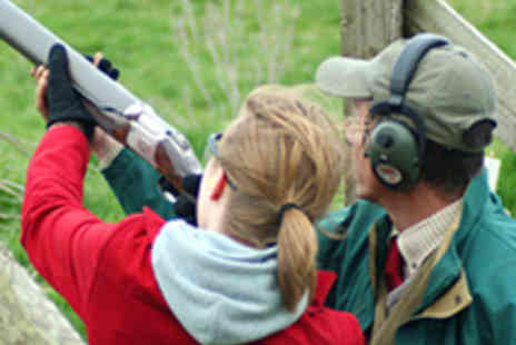 Adventure Events 001 - One Hour Clay Pigeon Shooting Experience - Save 51%