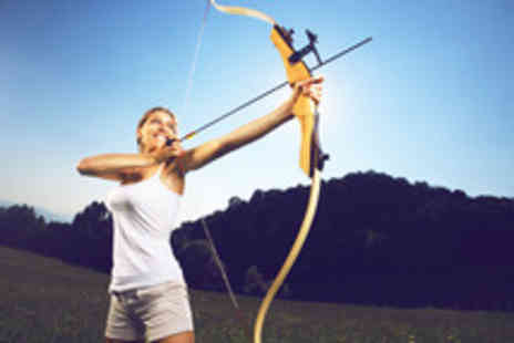 Pro Falconer -1 and half  hour archery session for 2 people - Save 62%