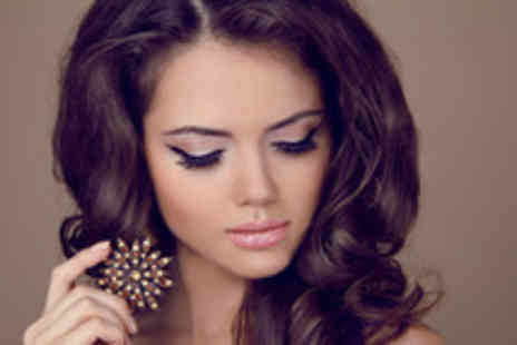 Premier Hairdressing - Full set of individually applied eyelash enhancements plus an eyebrow tint - Save 78%