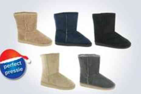stylepotential.com - Pair of Flat Snugg Boots - Save 75%