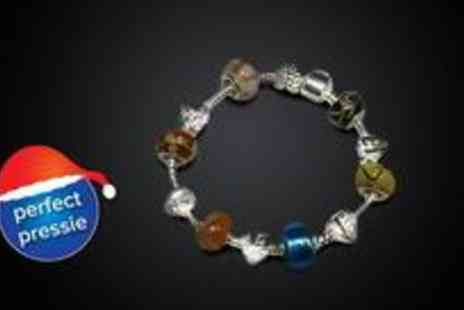 EDD Products - Gorgeous silver-plated charm bracelet, featuring six Murano glass beads in the colours of your choice - Save 50%