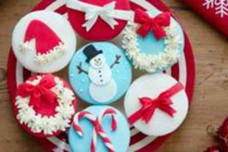 Butter Cups - Box of 20 Christmas cupcakes - Save 63%