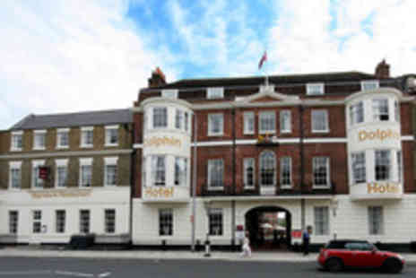 The Mercure Southampton - One night deluxe stay for 2 including Rosette 2 course dinner & museum passes - Save 31%